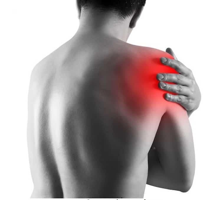 Dolore alla spalla: come intervenire?